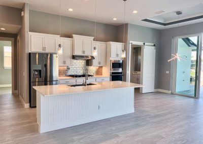 DM Dean Custom Homes, coastal style residential kitchen